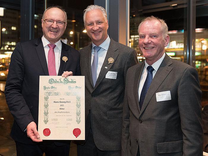 Hohe Auszeichnung für Dr. Hans-Georg Eils